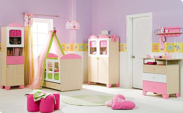 Ashley kambarys 7119_1_baby_girls_room-pink1