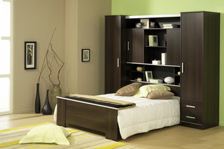 parisot. Black Bedroom Furniture Sets. Home Design Ideas
